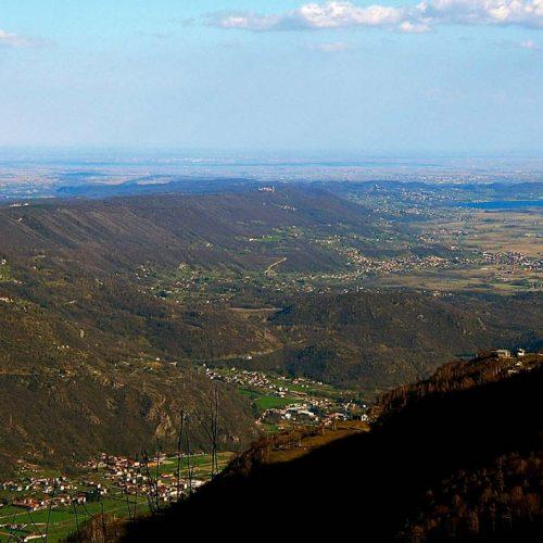 Les plus volumineuses moraines des Alpes à Ivrea : déposées par le glacier qui occupait la vallée de la Doire Baltéa il y a 20 000 ans ©D Bolognini