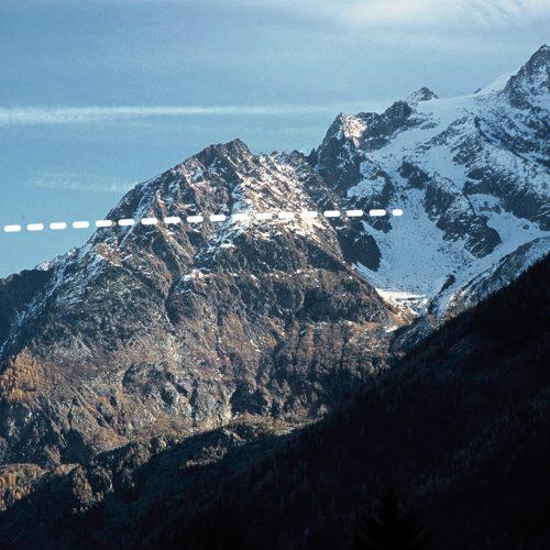 Gradins d'érosion glaciaire face sud de l'Aiguille à Bochard