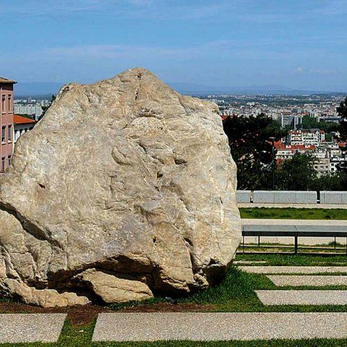Le Gros caillou de la Croix Rousse (Lyon)