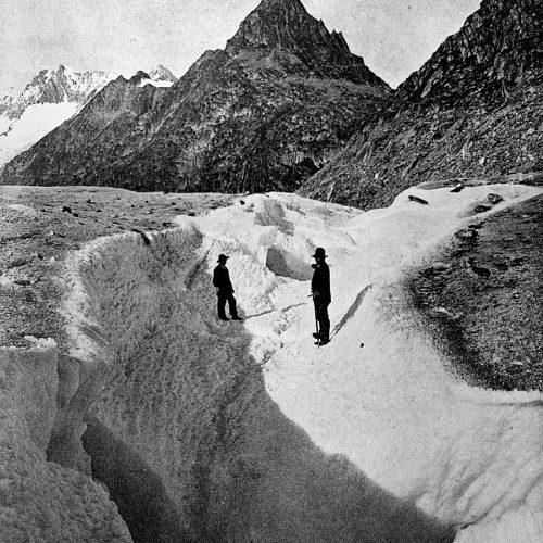 Chenal creusé par la vidange du lac de Märjelen en 1913