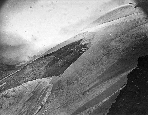 Niche d'arrachement affectant le glacier de l'Altels